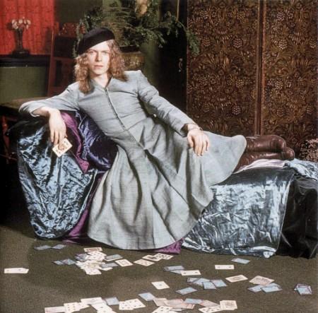 David-Bowie-wearing-a-dress-e1359386475110
